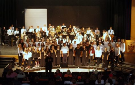 TRHS' Symphonic Band and Choir Celebrate Veterans Day